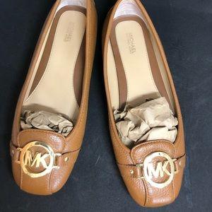 Like New! Michael Kors Woman Slip-On Shoes Size 9